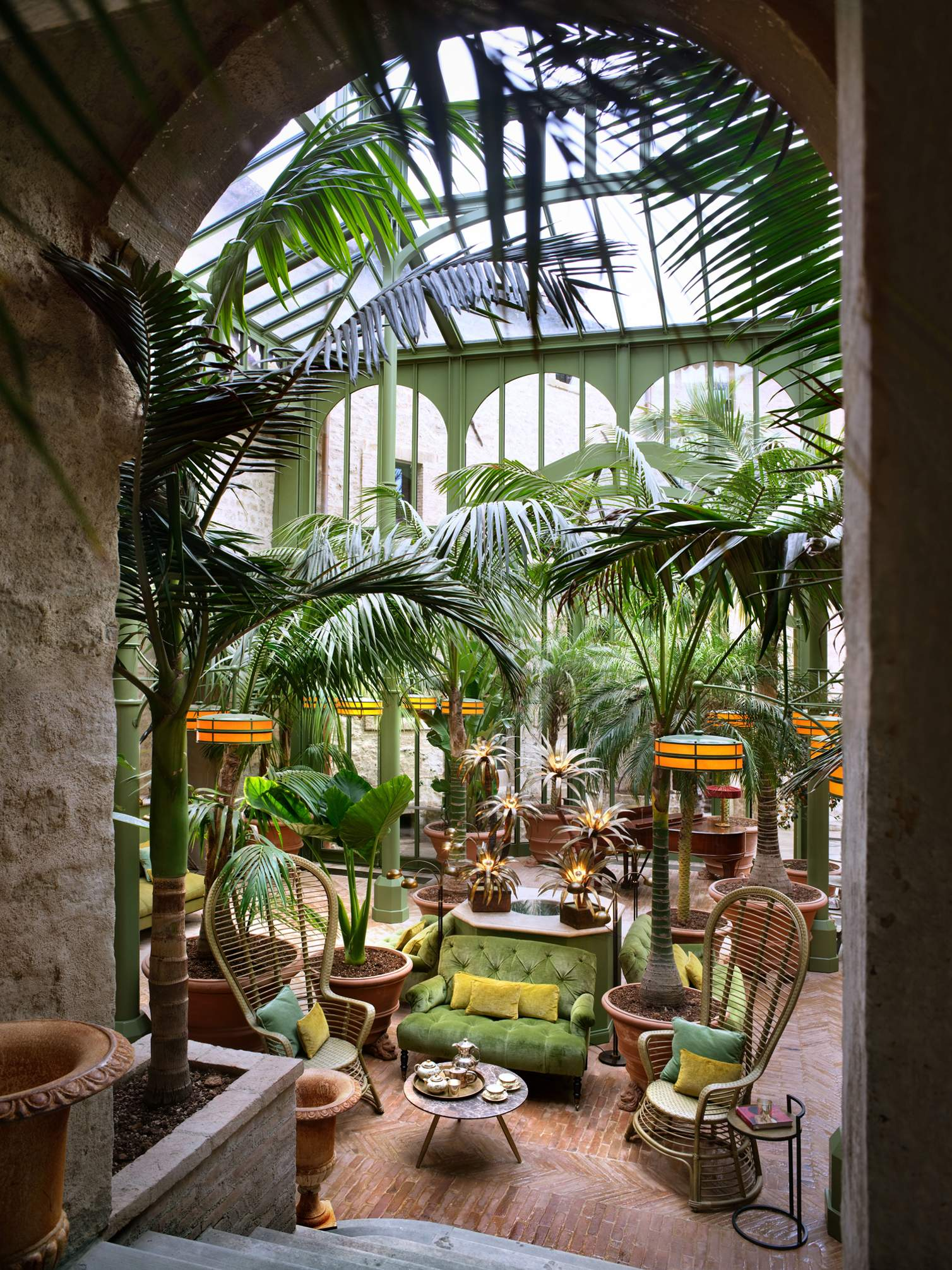 hotel-castello-di-reschio-palm-court-4-.jpg