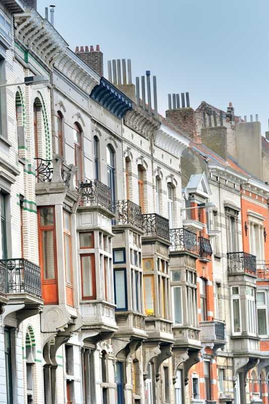 A terrace of houses in Saint-Gilles close-up
