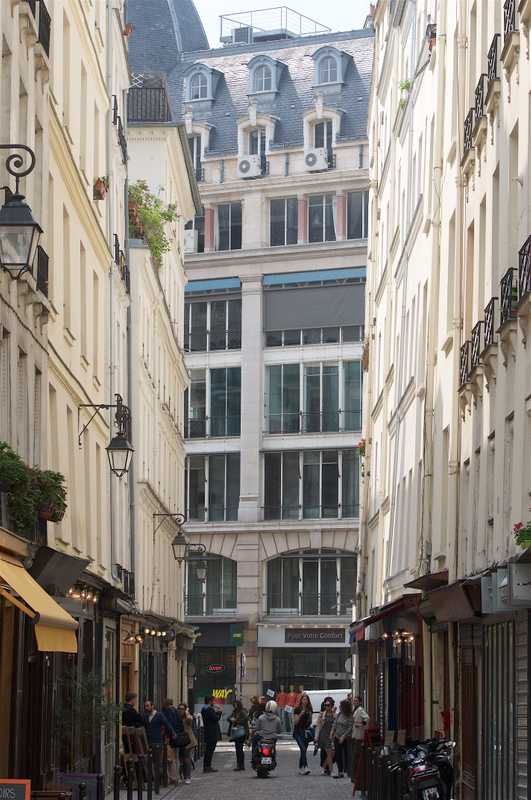 Rue Du Nil is but 70 metres long