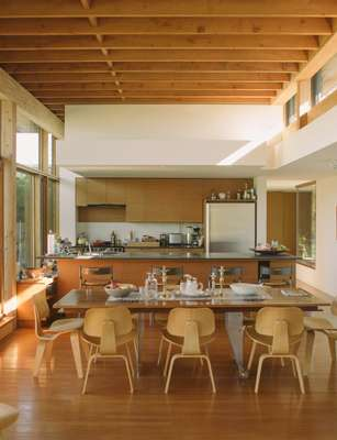 Korte and Stein-Korte's open-plan kitchen and dining room
