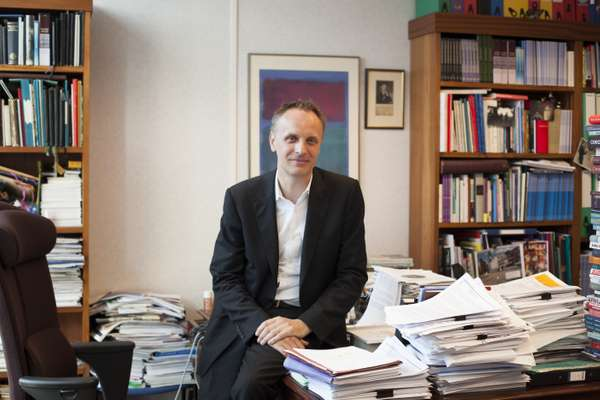 Editor-in-chief Richard Horton finds a small space on his desk
