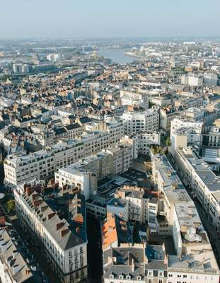 The city Nantes is marked by its rivers