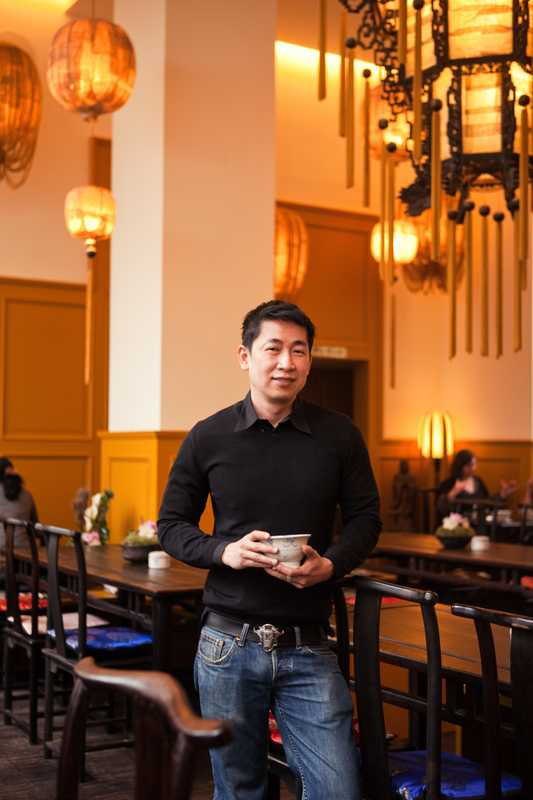 Truong Si An, founder and owner of Chen Che tea house in Berlin Mitte