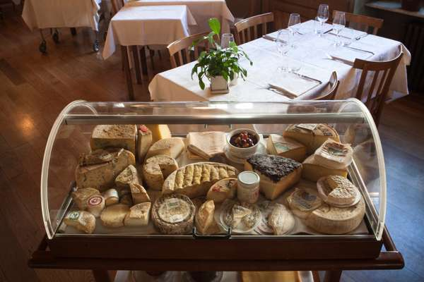Cheese trolley at Tre Galline