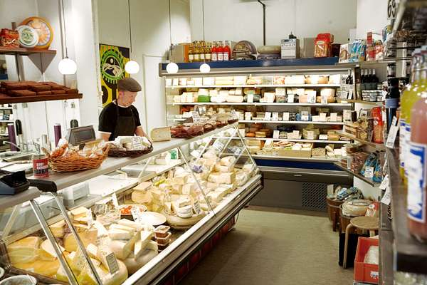 Helges Ost cheese counter