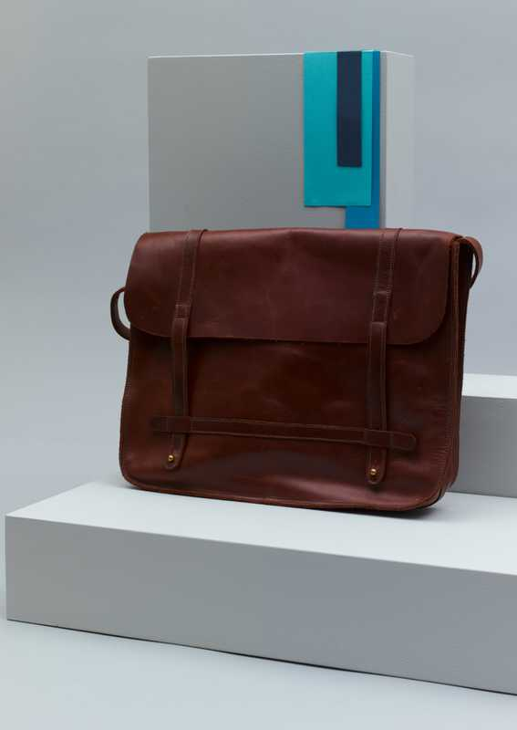Basil Racuk/bag