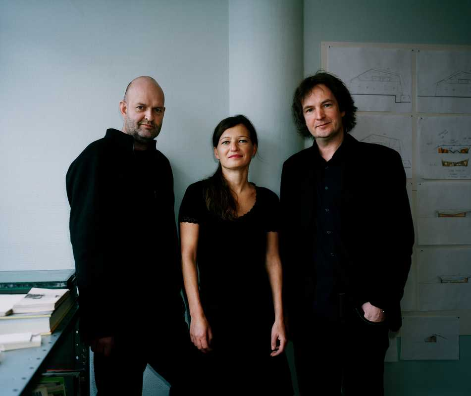 The architects and co-founders of Jarmund/Vigsnæs, Einar Jarmund (left) and Håkon Vigsnæs, with fellow partner Alessandra Kosberg