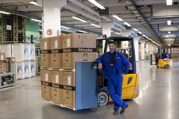 Dishwashers en route to distributor