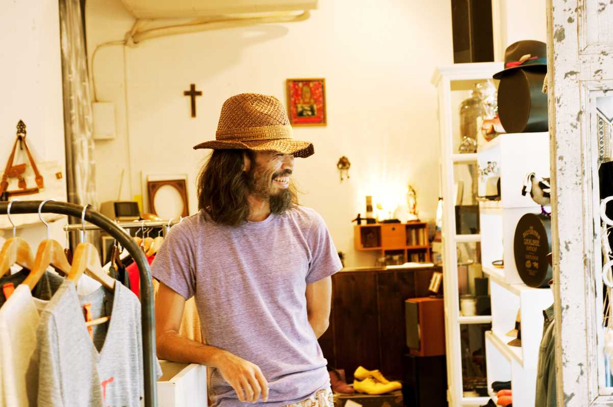 Owner of clothing and zakka shop Lounge, Viva Gilberto