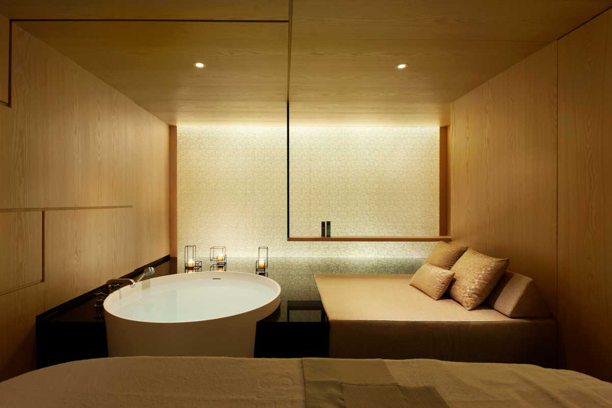 Kanebo Sensai Select spa