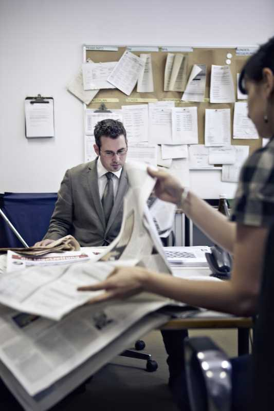 Sebastian Meyner and Julia Geitel in the press department