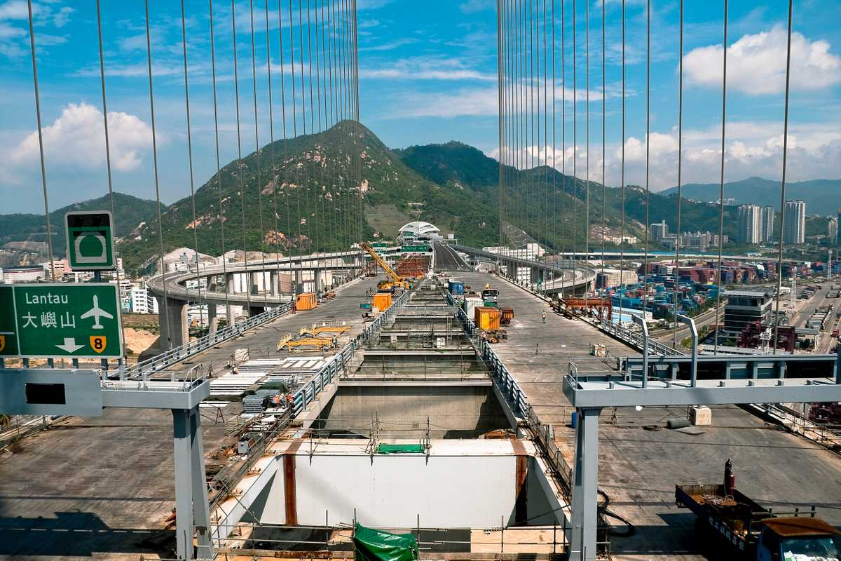 Stonecutters Bridge spans 1,018m across the port of Hong Kong