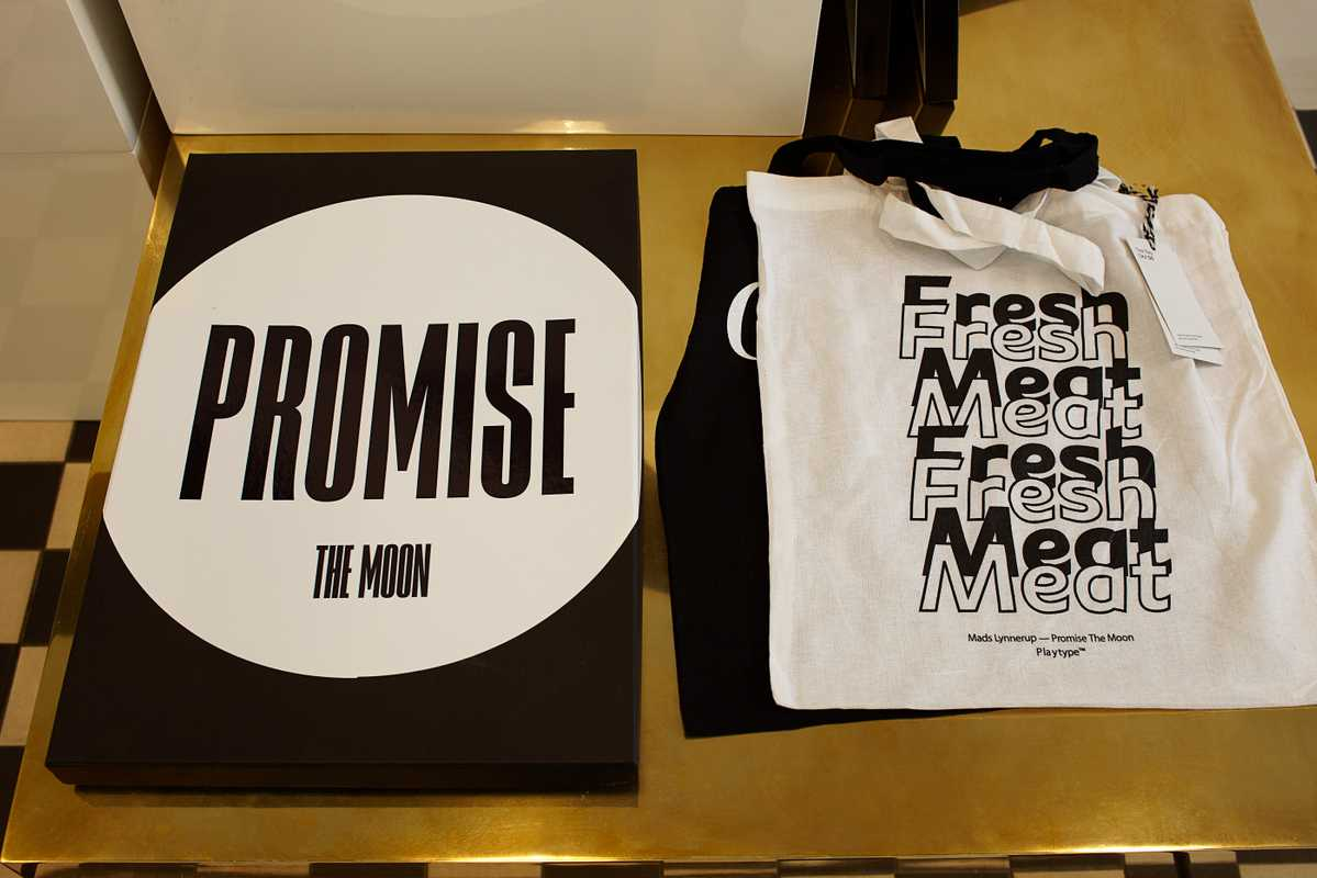 Font-themed bags on sale in Playtype