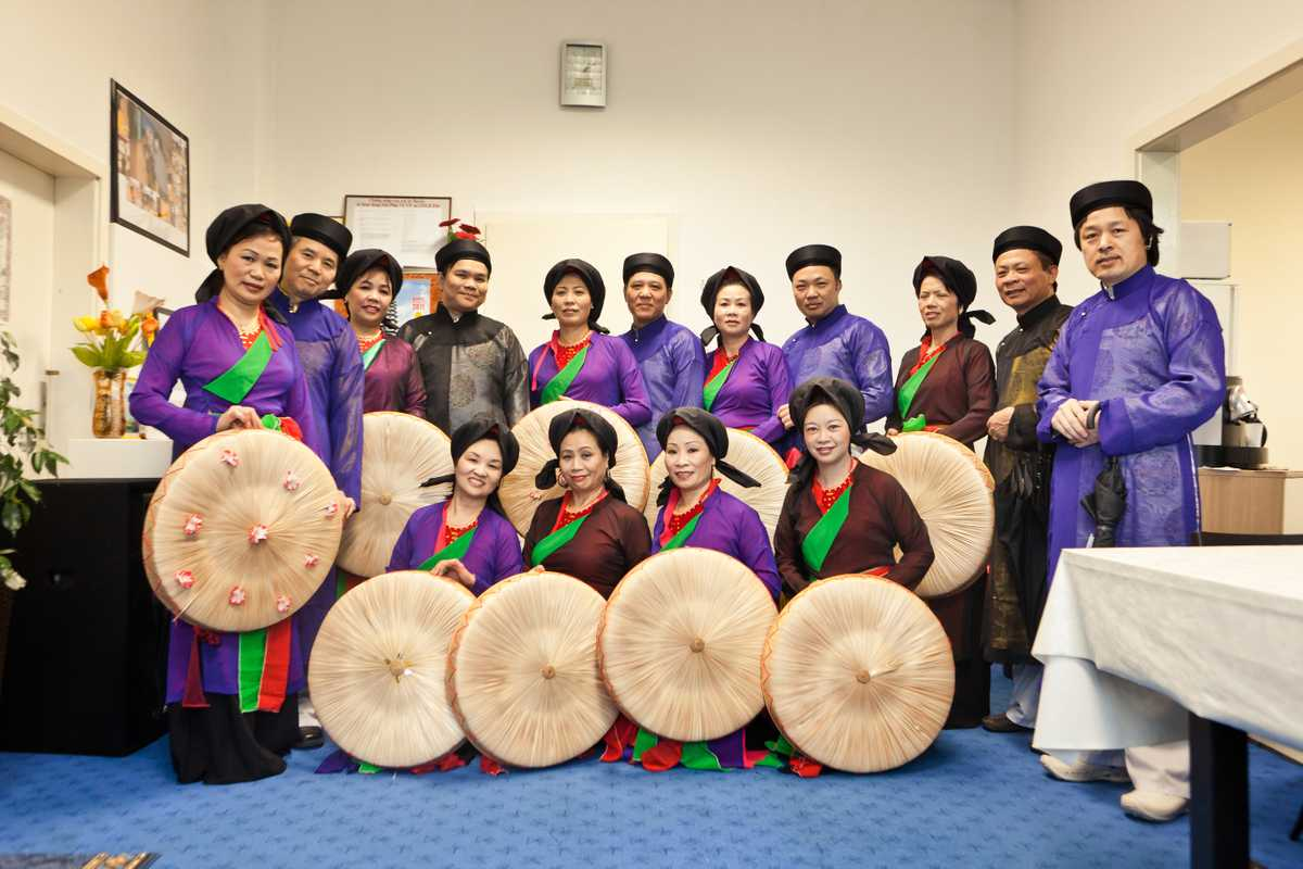 Folk music group who regularly meet at Dong Xuan Center
