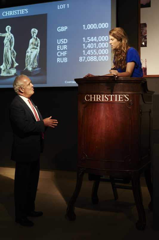 Jens and Edmeades rehearse in Christie's auction hall