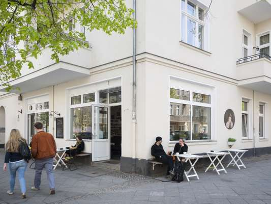 Outside TassenKuchen