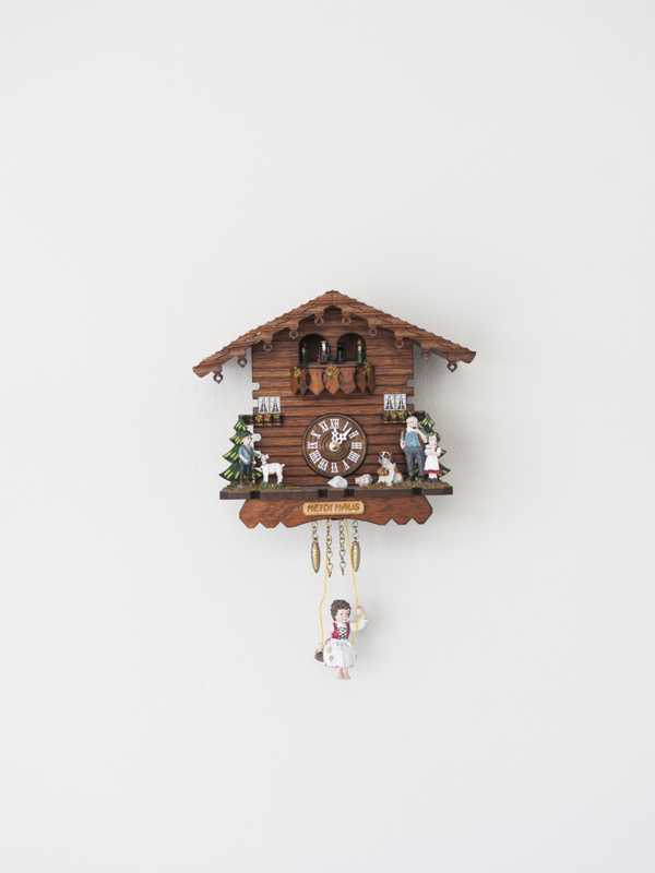 Cuckoo clock in  the kitchen of 'Texte  zur Kunst'