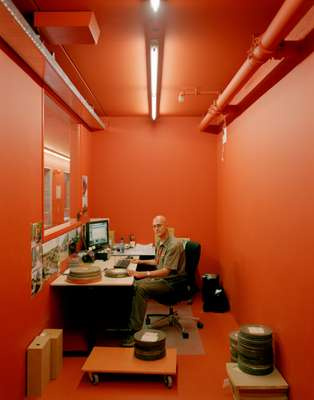 Archivist at the Sound and Vision offices, responsible for storing all new radio and TV broadcasts