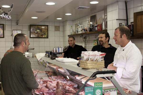 Locals convene at Zalman's Meats