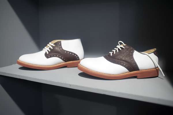 Suede and leather contrast shoe from US brand Walkover