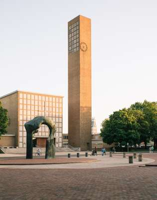First Christian Church by Eliel Saarinen and son Eero