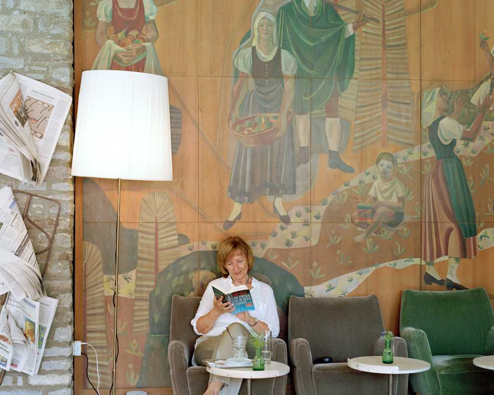 Guest relaxing  at the Miramonte