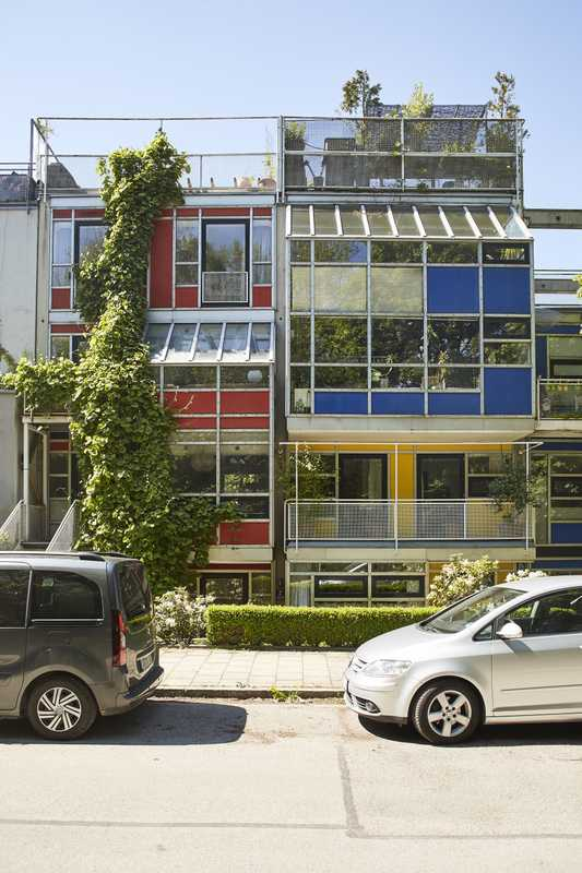 These colourful terrace houses were built in the 1970s by German architect Otto Steidle