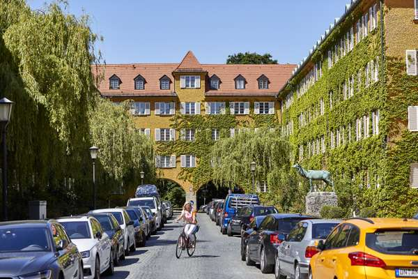 Borstei boasts about 700 apartments, plus cobblestones and courtyards