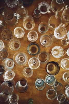 Glasses by the hundred