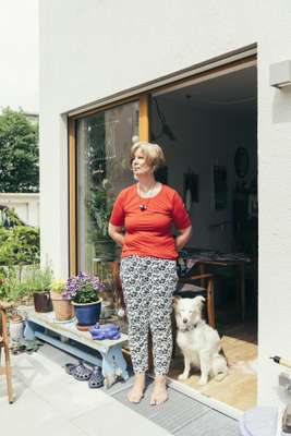 Renate Andreas with her dog Aska