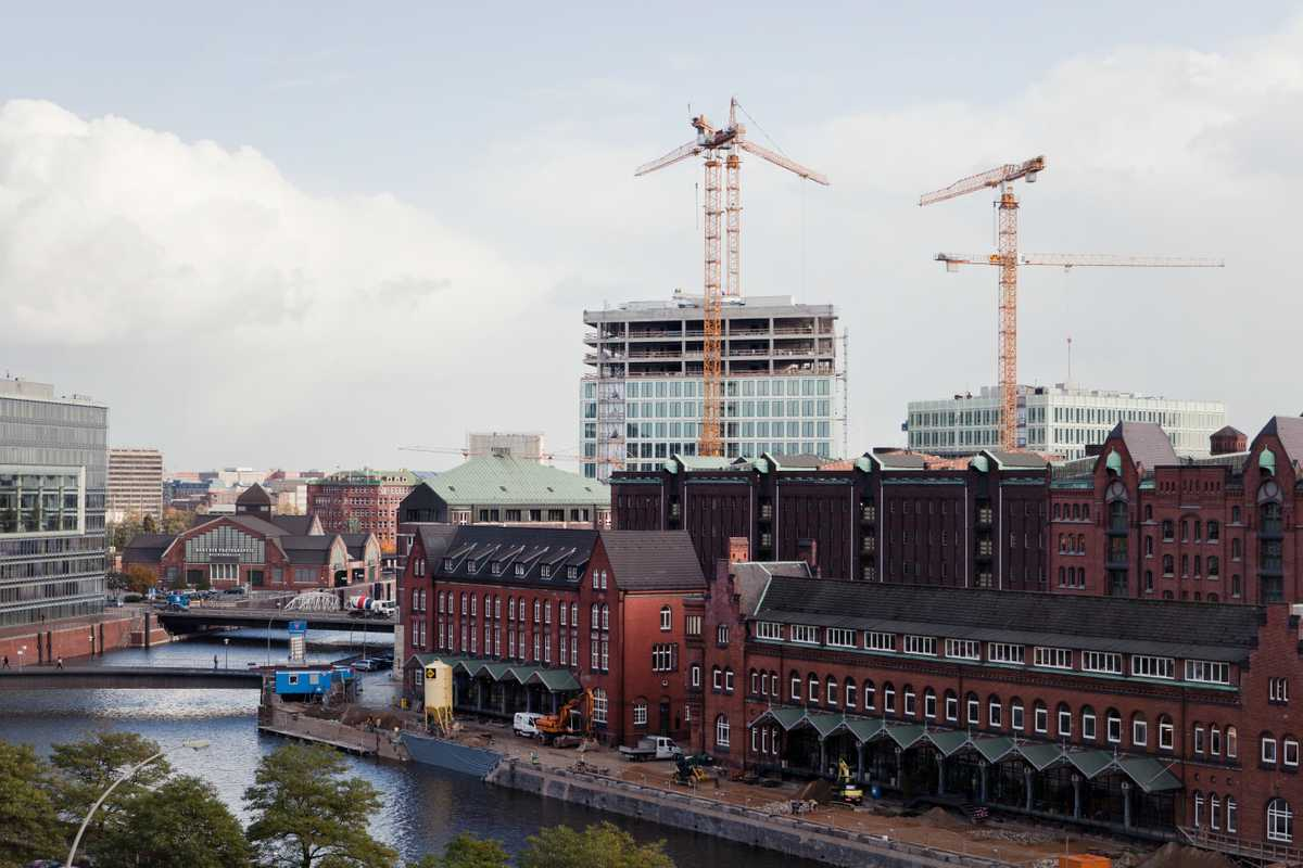 The new 'Spiegel' HQ across the water in Hamburg's HafenCity