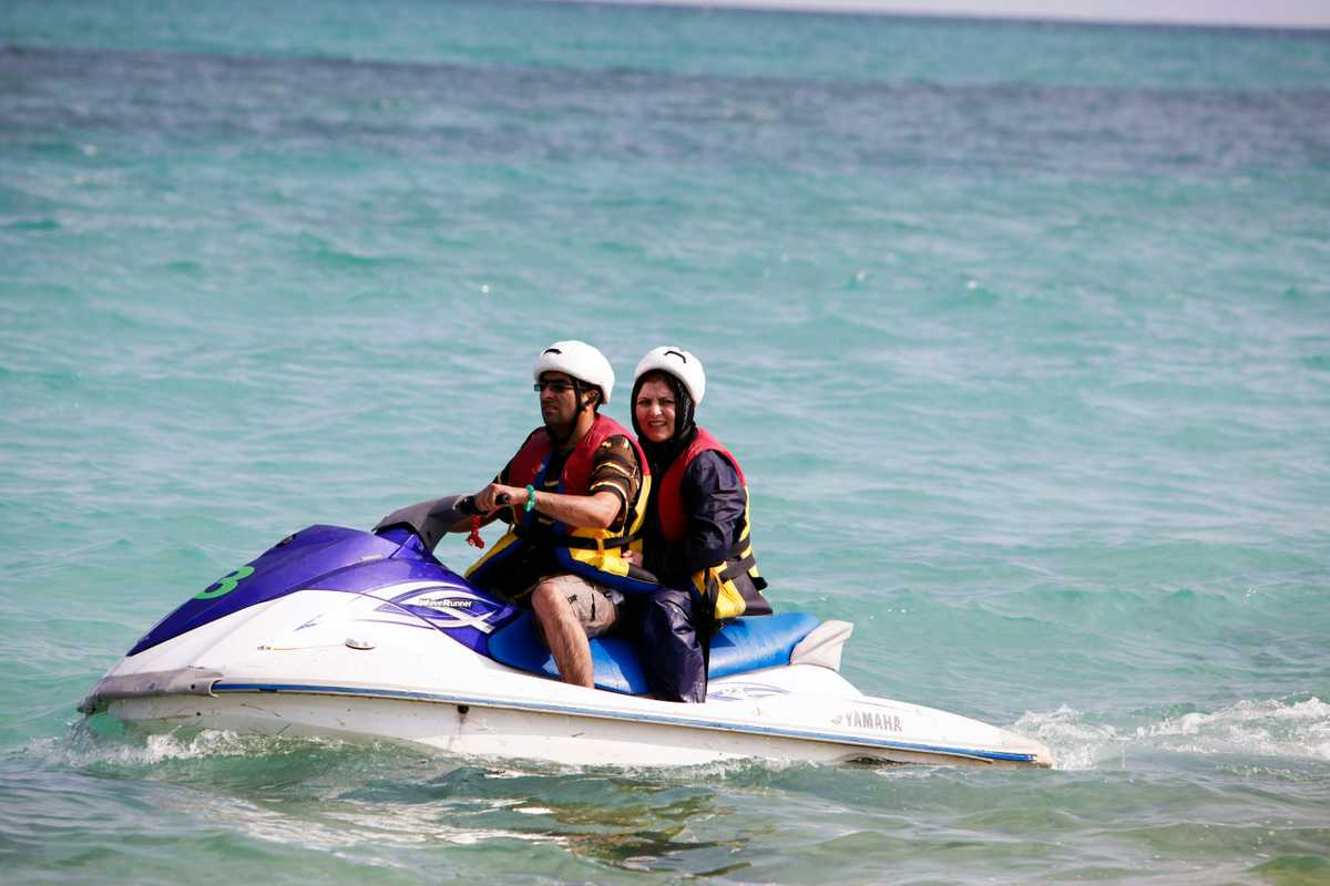 Jet skiing, hijab still required