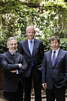 Left to right: Antonio Patriota - Brazilian foreign minister, Carl Bildt - Swedish foreign minister, Ahmet Davutoglu - Turkish foreign minister
