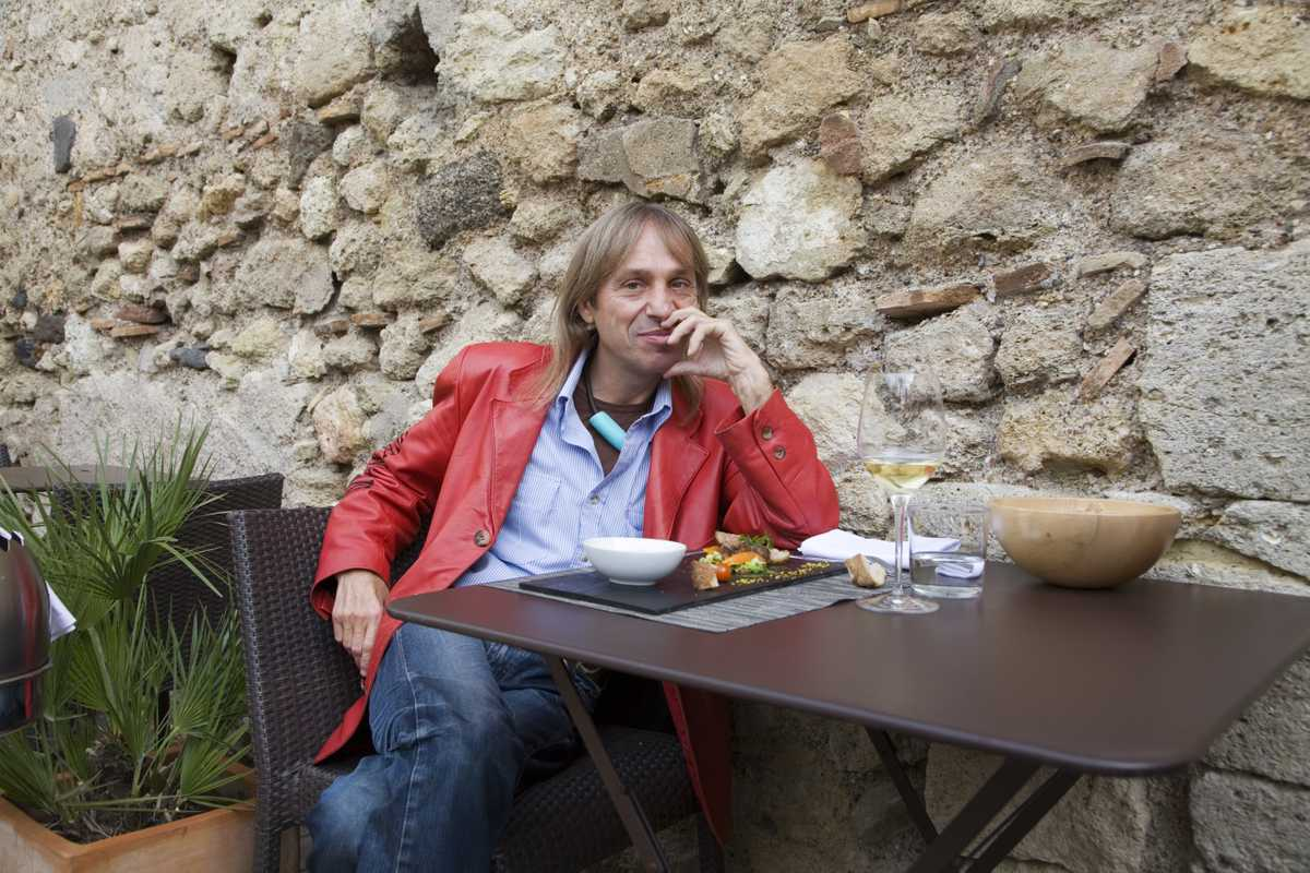 Alain Robert at L'Entre Pots