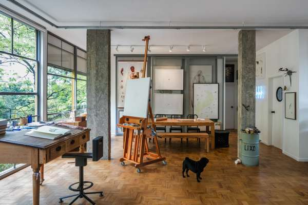 Living room and atelier