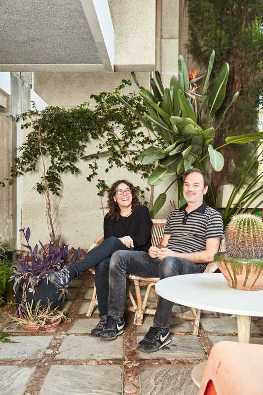 Residents Mapi Oltra (left) and Juanvi Pascual, both architects