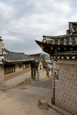 Traditional hanok houses, Bukchon