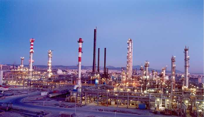 Hellenic Petroleum's oil refinery in the port
