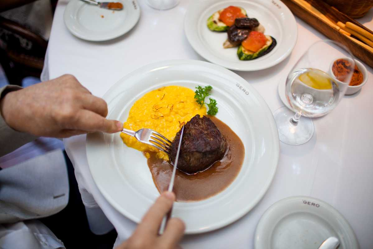 Beef fillet with saffron risotto