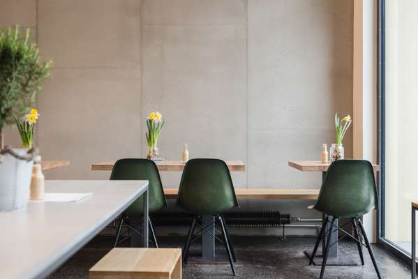 Oliv Eat's minimalist interior