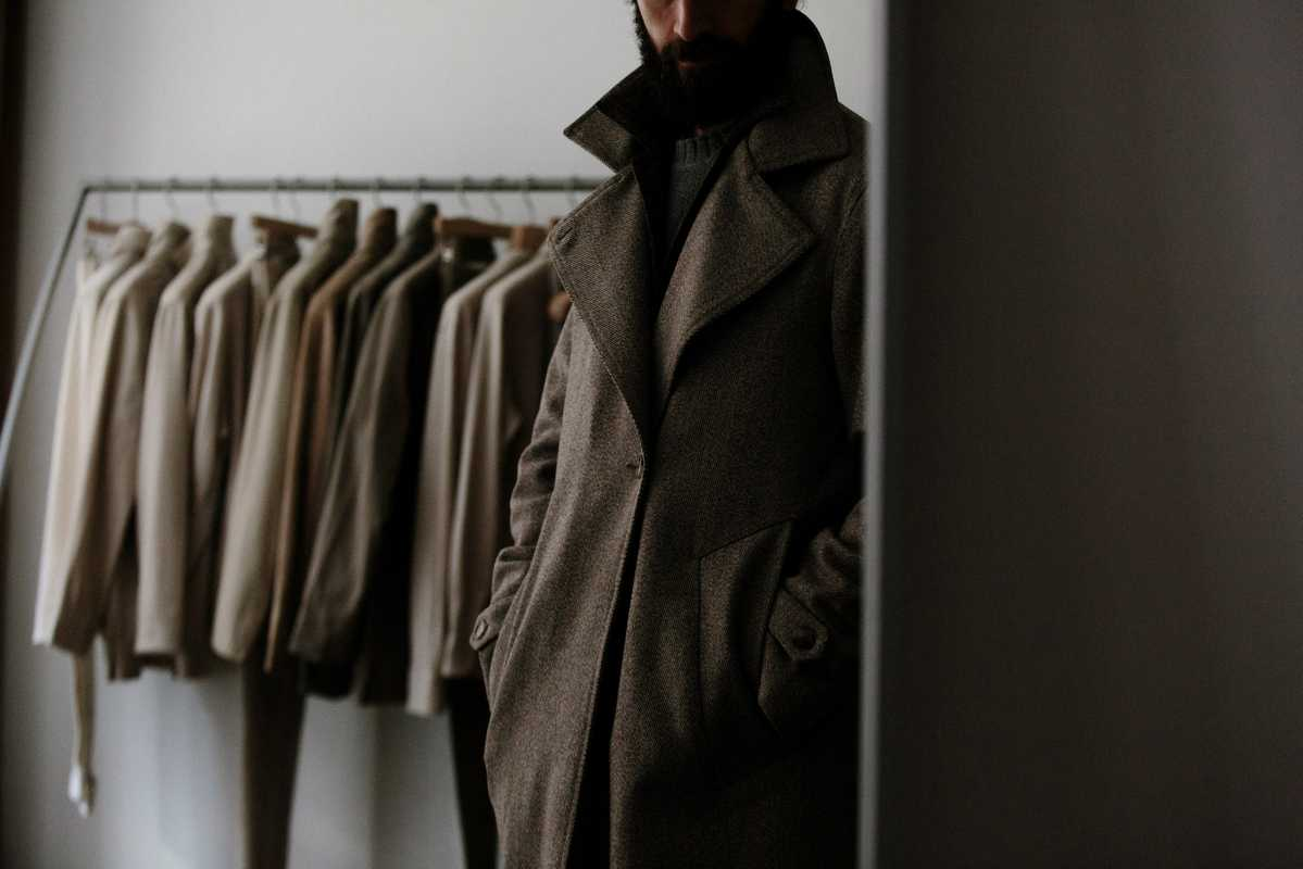 Stòffa's asymmetric coat
