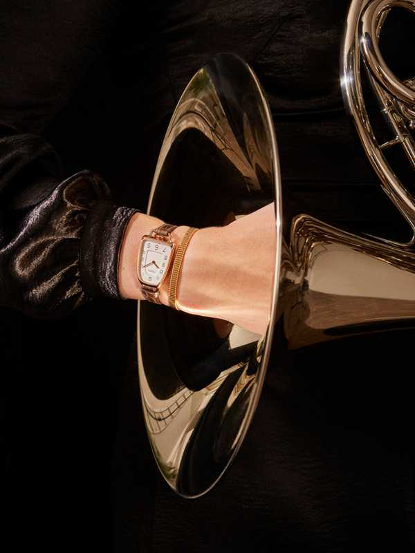 Galop d'hermès by Hermès, bangle by Boucheron