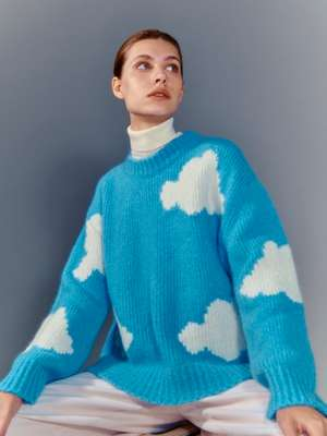 JUMPER by Mansur Gavriel, TURTLENECK by Tricot Paris, TROUSERS by Crista Seya