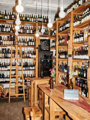 Yerevan wine bar In Vino