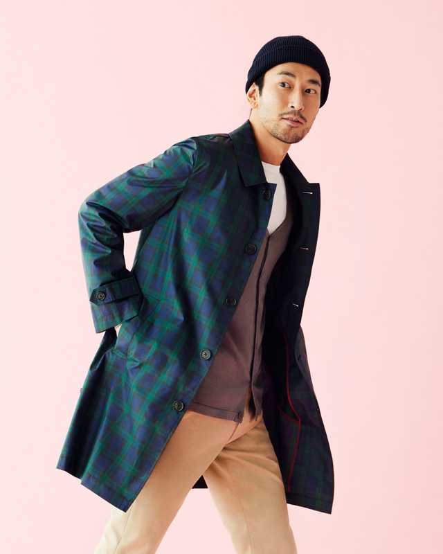 Coat by Hackett London, cardigan by Sunspel, t-shirt by Comoli, trousers by Maison Kitsuné, beanie by Kijima Takayuki