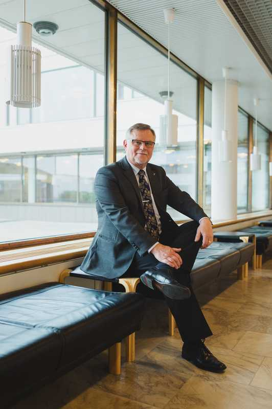 Mayor Esko Lotvonen