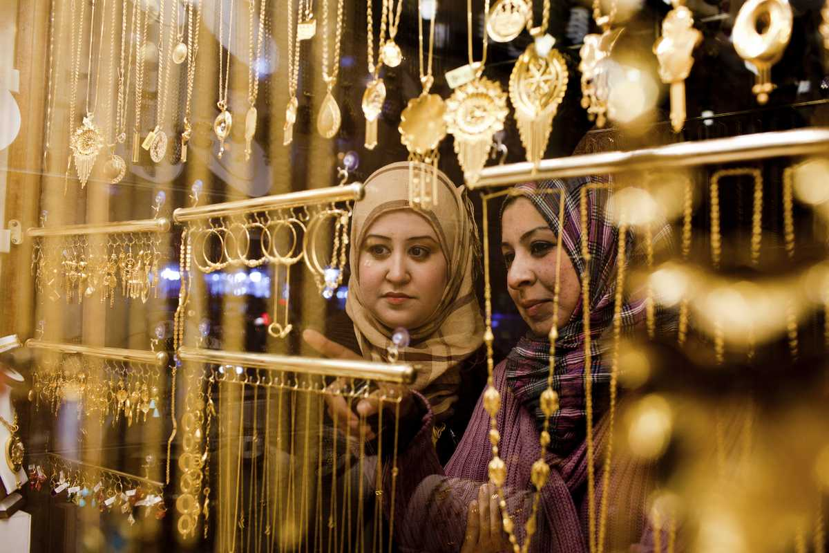 A jewellery store with its gold on display