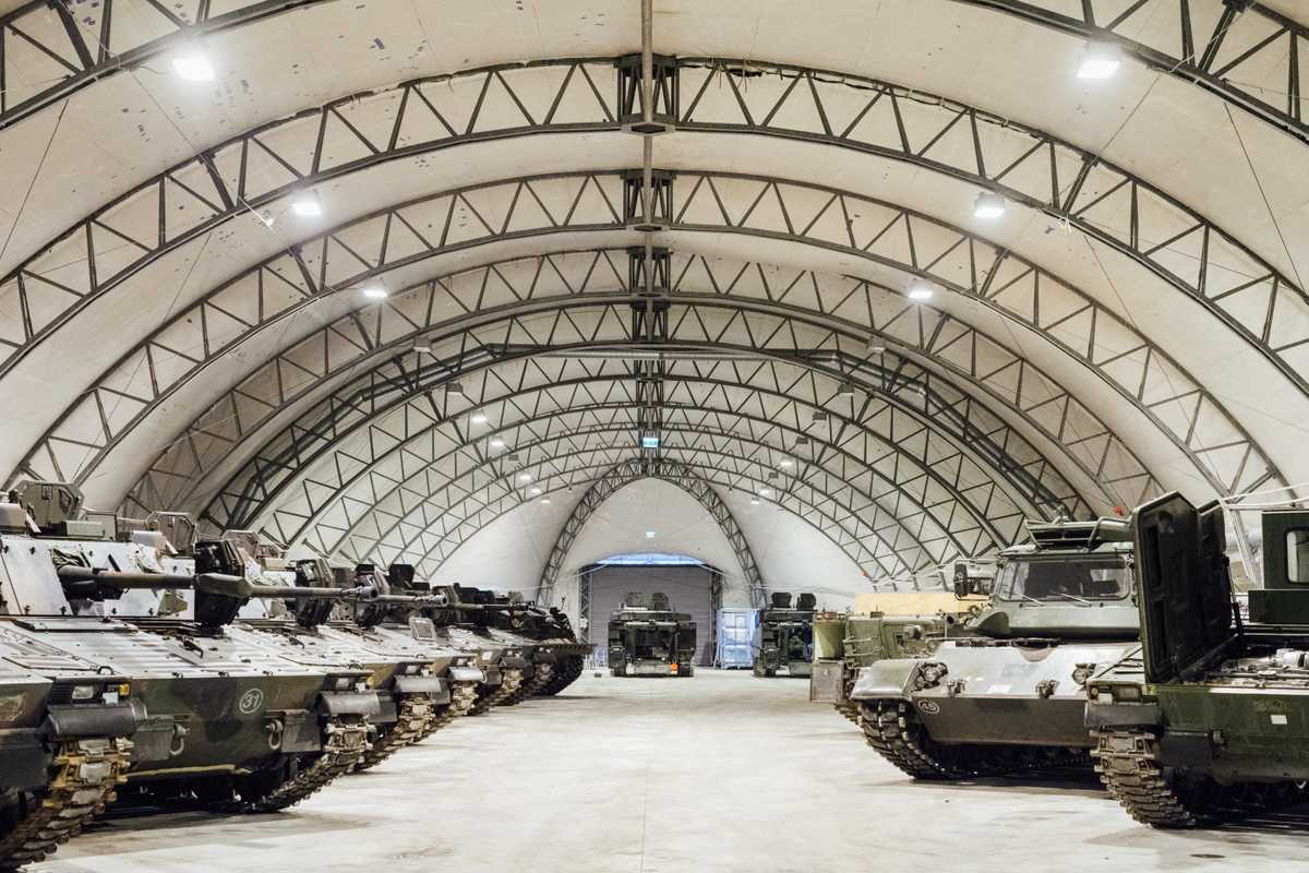 Tanks at Tapa army base; not a place to be double-parked