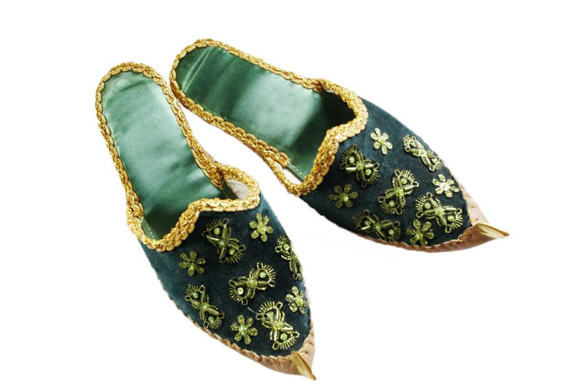 **10** Traditional Azeri slippers