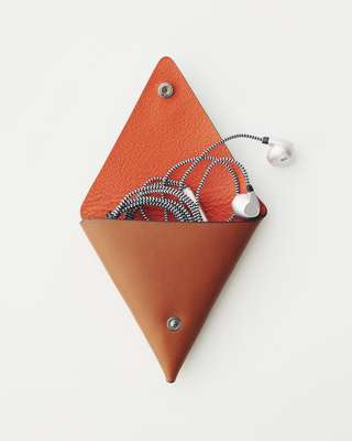Earphones and earphone case by Piquadro